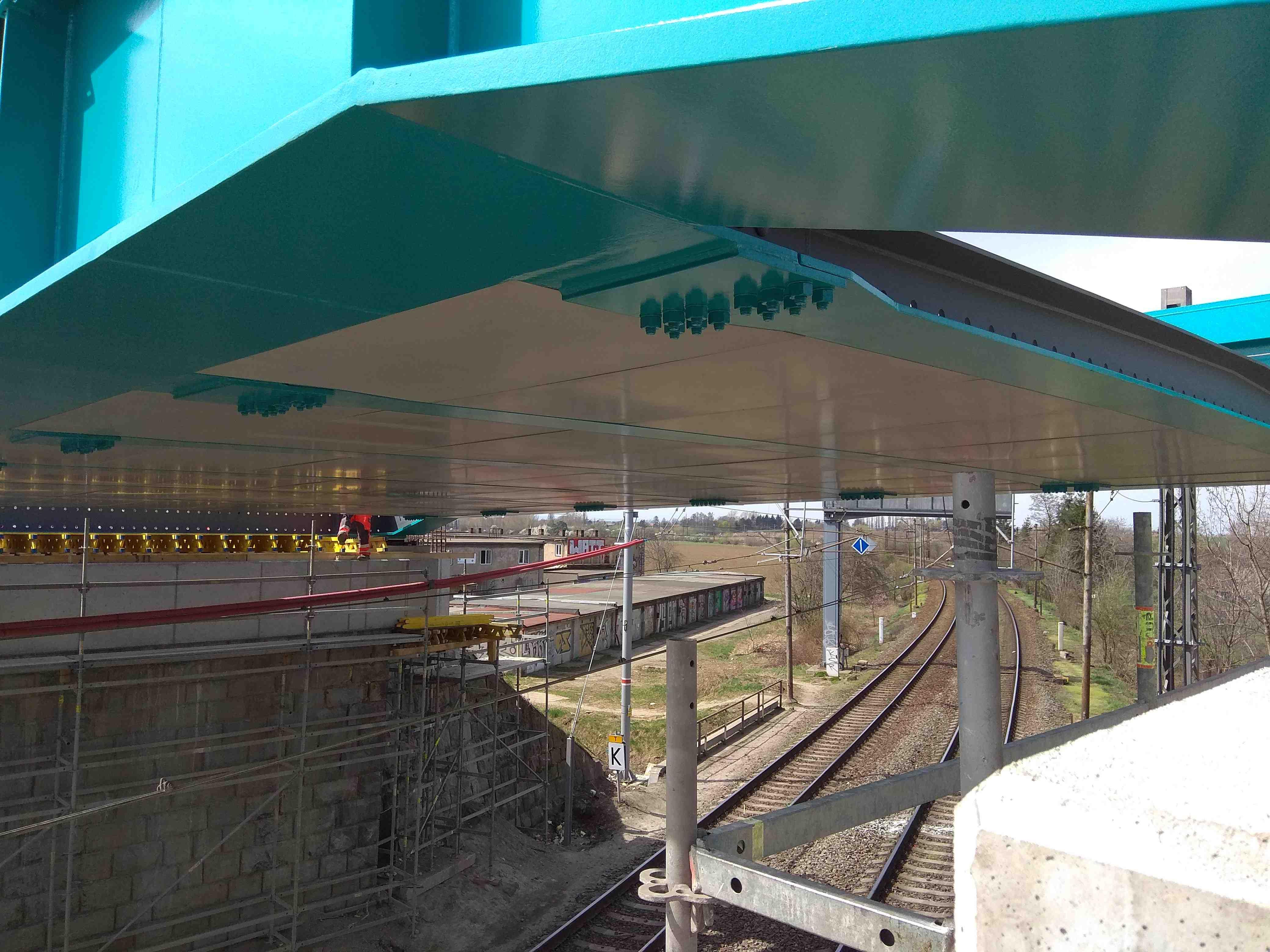 Modernizace místa křížení-mosty přes tratě SŽDC vPřerově, ul. Dluhonská