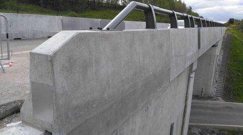 D1 modernizace-úsek 16 Exit 119-Exit 134 – kotvená svodidla